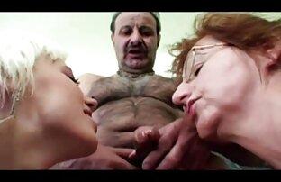 Ռուսական կին, մի մասը իր, սերմի ընկերոջ իր pussy. բջջային պոռնո